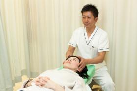 椎間板ヘルニア、坐骨神経痛、脊柱管狭窄症などしびれ治療